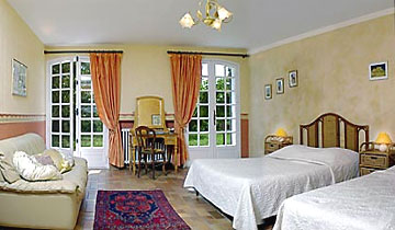 Chambres d 39 h tes en haute provence la soleiade gr oux les bains verdon - Chambre d hotes greoux les bains ...