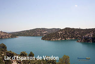 HQ Photographs of 'Esparron de Verdon lake