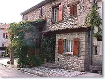 Annot, house