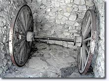 Archail, old wheels