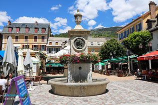 Barcelonnette, fountain on the Manuel Square
