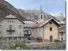 Châtelard, the village