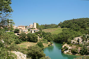 Esparron de Verdon, the castle overlooking the village