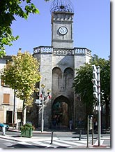 Manosque, door of the city