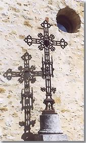 Ongles, wrought iron cross