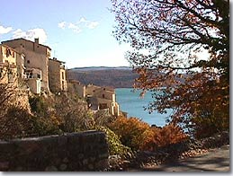 Sainte Croix du Verdon, le village