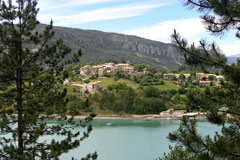 Saint Julien du Verdon, le village