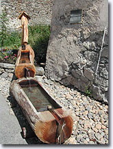 Nevache, fountain-trough