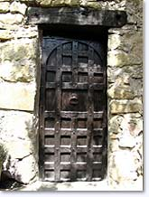 Rosans, old door