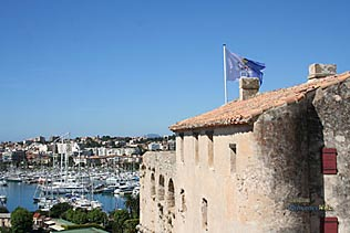 Antibes Juan les Pins - 74 HQ Photographs