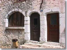 Cipieres old doors
