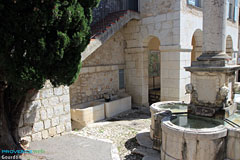 Gourdon, fountain