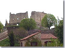 Greolieres, Ruins of the medieval castle