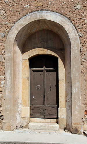 Speracedes, door of the church