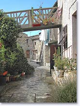 Tourette du Chateau, tipical street