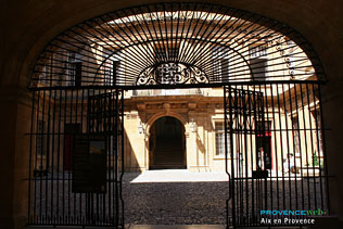 Aix en Provence - 22 high definition Photographs
