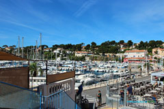 Carry le Rouet, terrasses de restaurants sur le port
