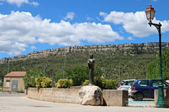 Chateauneuf-le-Rouge, statue in front of the Trets bar