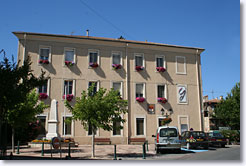 Gréasque city hall