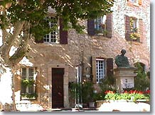 Lançon de Provence, place