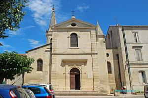 Maillane, église
