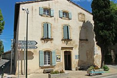 Maillane, office du tourisme