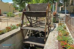 Maillane, roue à eau