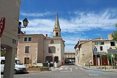 Maillane, le village