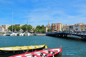 Martigues, traditional boats on the canal