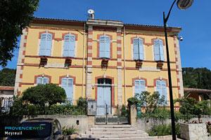 Meyreuil, maison typique