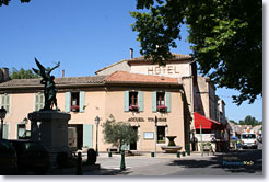 Mouriès- Office de Tourisme