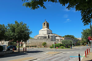 Noves, Sainte Baudile church