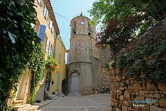 Peynier, porte du clocher