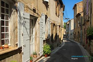 Rognes, petite rue
