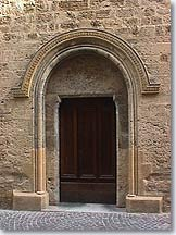 Salon de Provence, old door