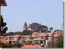 http://www.provenceweb.fr/grafiq/villes13/sausset/chateau.jpg