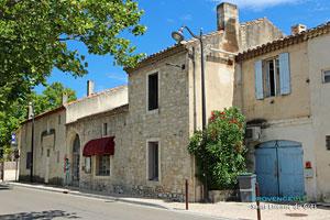 Saint Etienne du Grès, restaurant