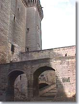 Tarascon - Fortifications