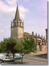 Tarascon - Church