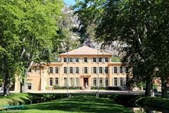 Le tholonet village in aix en provence area provence web for Aix carrelage le tholonet