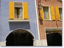 Buis les Baronnies, windows