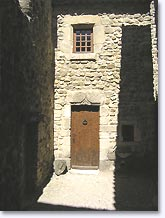 La Laupie, door