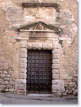La Garde Adhemar, ancient door