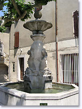 Mirabel aux Baronnies, fountain