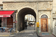 Nyons, medieval city gate St. Jacques