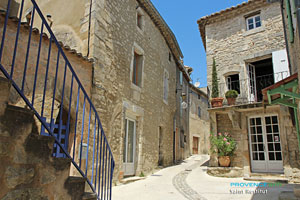 Saint Restitut Provencal Drome Provence Web
