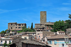 Les Arcs sur Argens, roofs in the village and tower