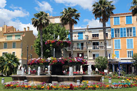 Large fountain of  Bandol