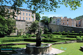 Entrecasteaux - Castle and Lenotre garden