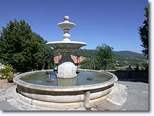 Moissac Bellevue, fountain